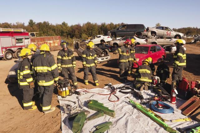 Une fois par année, les pompiers de Roxton... (photo Alain Dion)