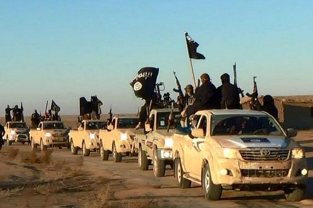 Le nombre d'Australiens combattant avec le groupe État islamique (EI) en Syrie... (ARCHIVES AP)