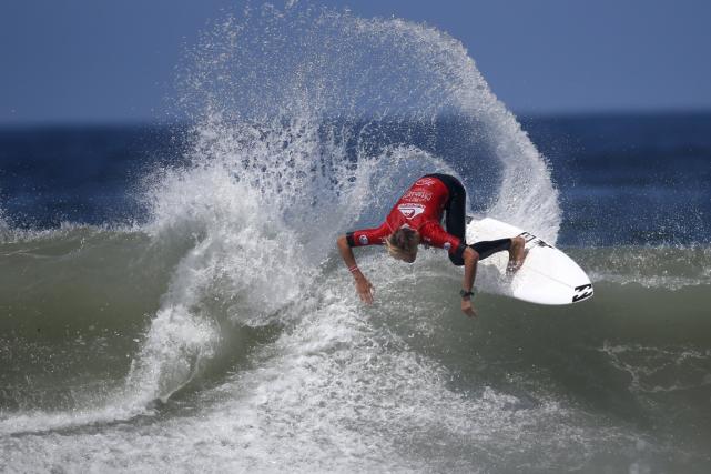 Le surf pourraitintégrer le programme olympique aux Jeux... (Photo Youssef Boudlal, archives Reuters)