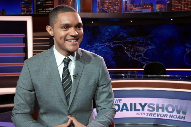 Depuis lundi soir, le jeune humoriste sud-africain Trevor... (AP)
