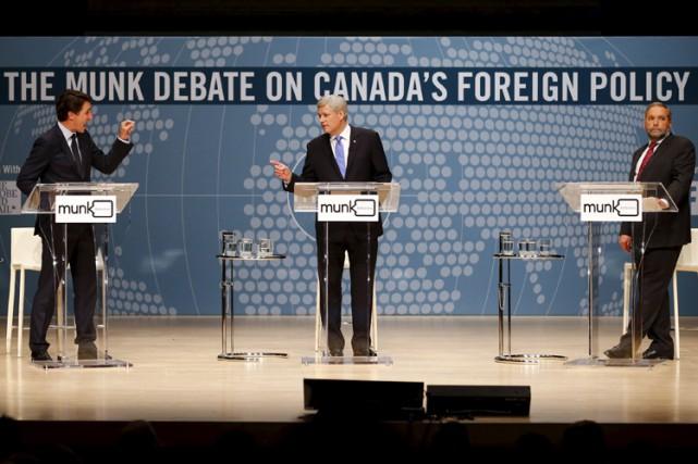 Même si les affaires étrangères ont rarement influencé... (PHOTO REUTERS)