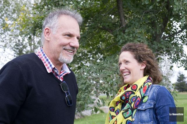 Deux proches collaborateurs dans cette campagne électorale pour... (Photo: Stéphane Lessard, Le Nouvelliste)