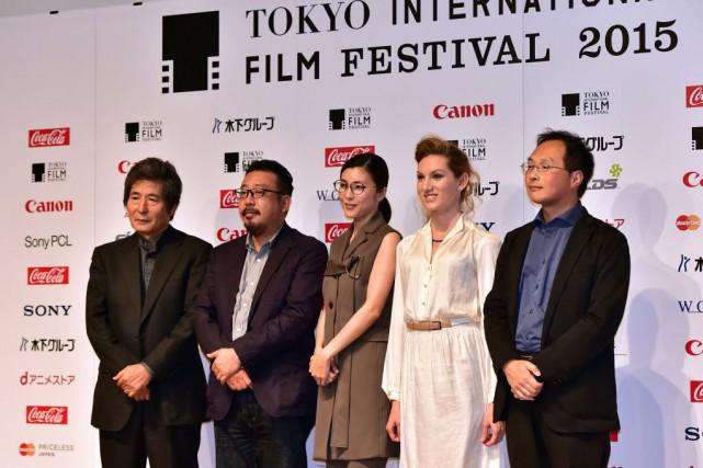 Les réalisateurs japonais Kohei Oguri, Yoshihiro Nakamura et... (Photo Yoshikazu TSUNO, AFP)