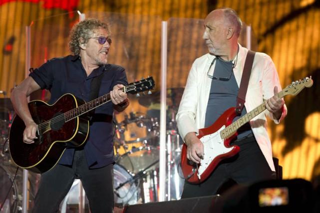 Le chanteur Roger Daltrey (à gauche)et le légendaire...