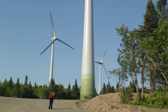 Un parc d'éoliennes... (Photothèque Le Soleil)