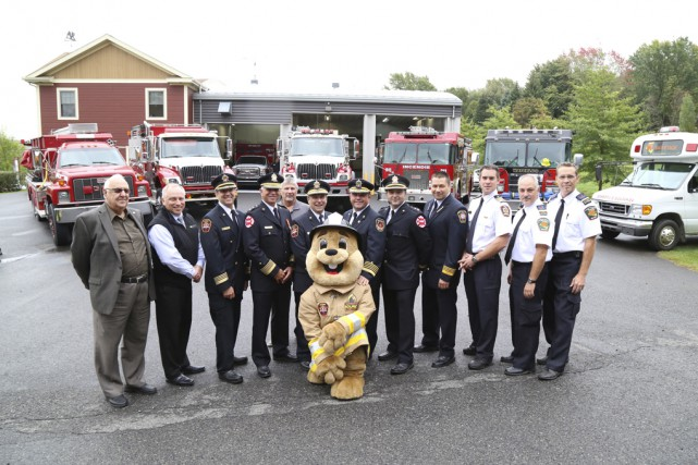 Les services des incendies de la Haute-Yamaska unissent... (photo Janick Marois)
