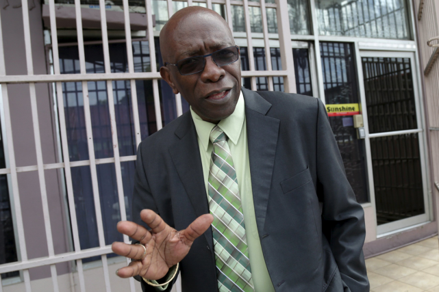 L'ancien vice-président de la FIFA Jack Warner conteste... (Photo Andrea De Silva, Reuters)