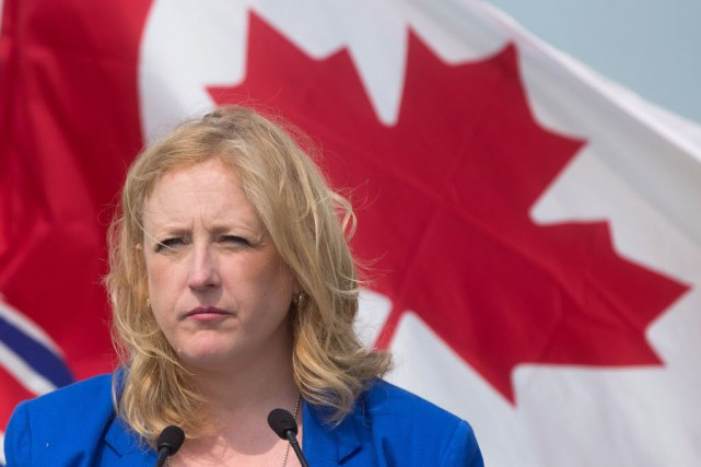 La ministre fédérale des Transports, Lisa Raitt.... (Photo Darryl Dyck, La Presse canadienne)