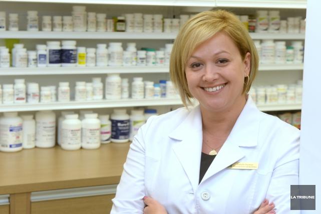 Isabelle Fauteux, propriétaire pharmacienne... (IMACOM, MAXIME PICARD)
