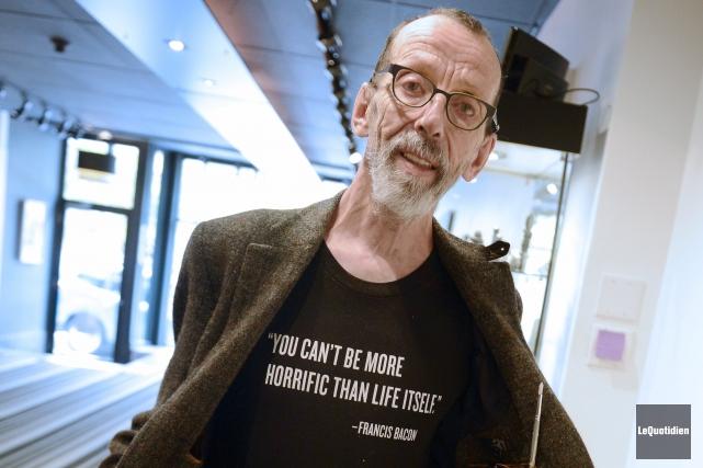 Louis-Pierre Bougie est l'un des graveurs les plus... ((Photo Le Quotidien, Jeannot Lévesque))