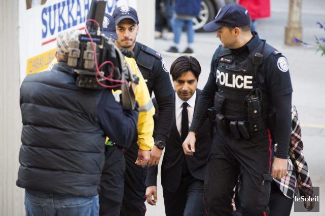 Jian Ghomeshi à son arrivée au palais de... (Photothèque Le Soleil, PC, Michelle Siu)