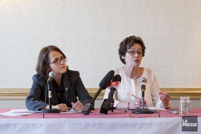 Francine Lévesque, vice-présidente de la CSN aux côté... (PHOTO ROBERT SKINNER, ARCHIVES LA PRESSE)