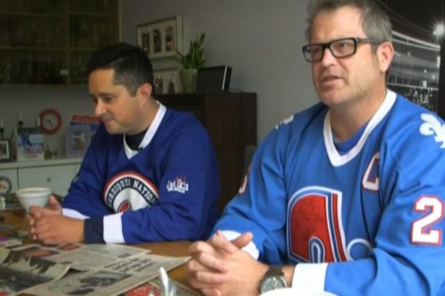 Jérôme Landry (à gauche), de Nordiques Nation, et... (Image tirée de la vidéo de la BBC)