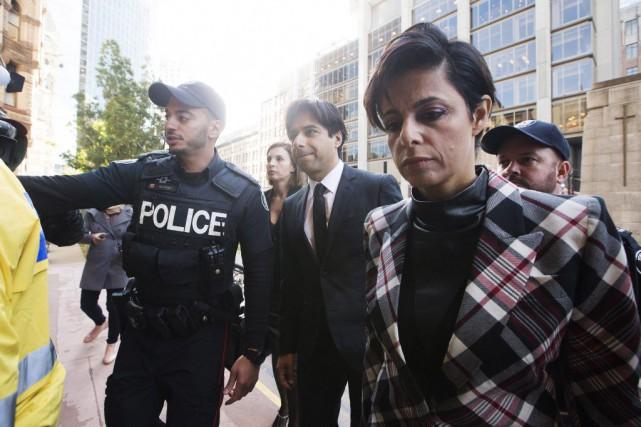 Jian Ghomeshi (au centre)... (Michelle Siu, La Presse Canadienne)
