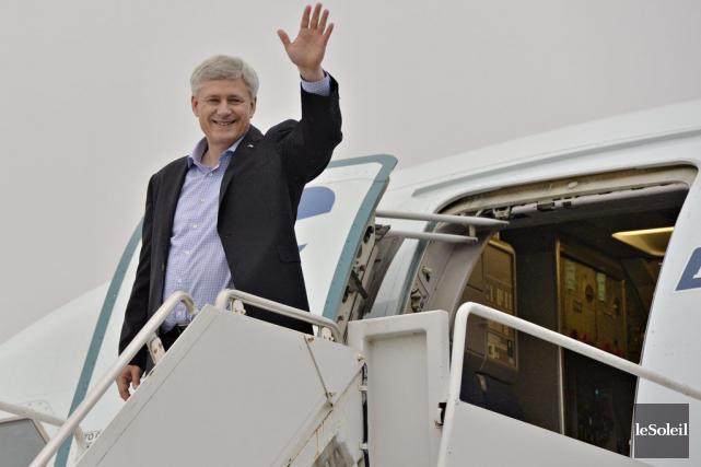 Le chef du Parti conservateur et premier ministre... (Le Soleil, Pascal Ratthé)