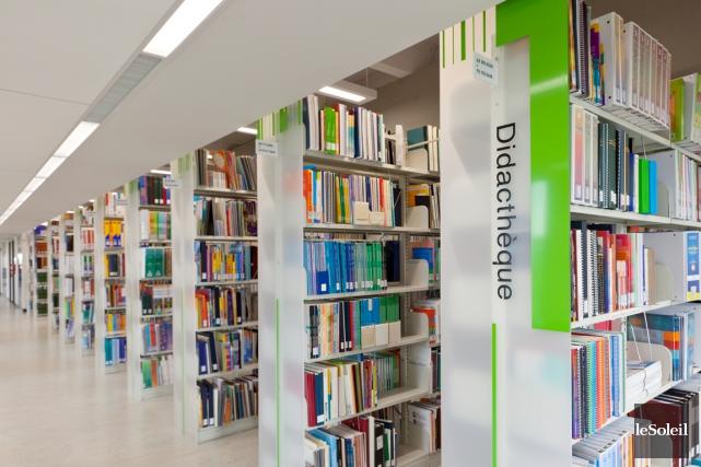 L'équipe de la bibliothèque de l'Université Laval a... (Photothèque Le Soleil)