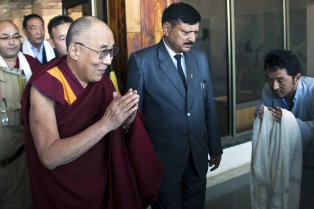 Le leader tibétain devait se rendre dans plusieurs... (Photo Ashwini Bhatia, AP)