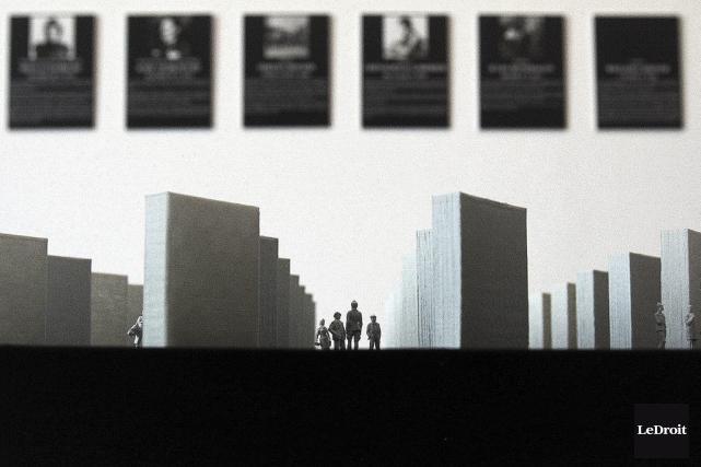 L'exposition Monument aux victimes de la liberté, à... (Etienne Ranger, LeDroit)