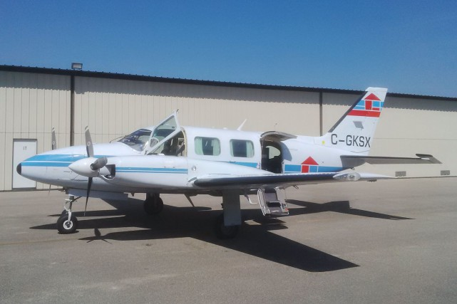 Un Piper PA-31 Navajo du transporteurKasi Aviation Services... (PHOTO TIRÉE DU SITE INTERNET DE de Kasi Aviation Services Inc.)