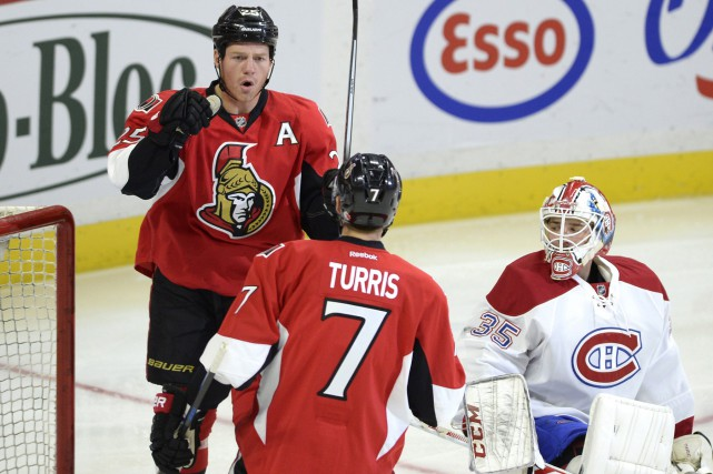 Dustin Tokarski a accordé cinq buts dans la... (Photo Justin Tang, La Presse Canadienne)