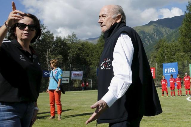 Le président démissionnaire de la FIFA,Joseph Blatter, en... (Photo Denis Balibouse, Reuters)