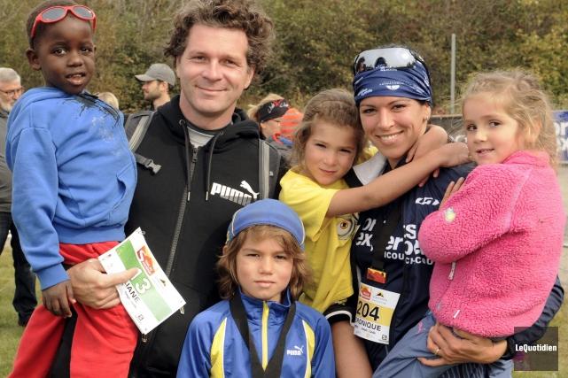 La course a réuni plusieurs familles hier, comme... ((Photo Le Quotidien, Marianne L. St-Gelais))