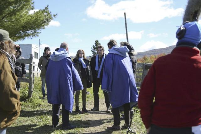 L'équipe de production et les acteurs de la... (photo Julie Catudal)