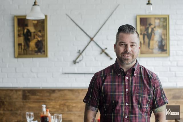Alex Bastide, propriétaire des restaurantsL'GrosLuxe, rêve d'une chaîne... (Photo Edouard Plante-Fréchette, La Presse)