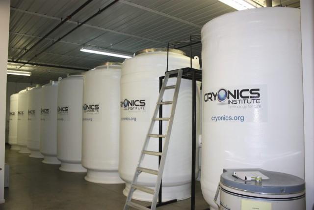 Les corps sont placésdans un réservoir d'azote liquide... (Photo PC)
