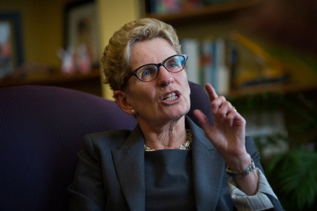 Kathleen Wynne a exhorté à voter pour le... (Photo archives Bloomberg)
