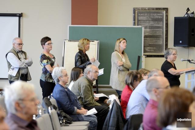 Plusieurs citoyens ont manifesté leur inquiétude concernant le... ((Photo Le Quotidien, Jeannot Lévesque))