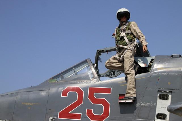 La présence dans le ciel syrien d'avions militaires... (PHOTO AP)