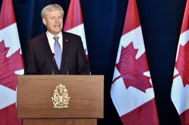 Stephen Harper lancera une grande campagne publicitaire pour... (La Presse Canadienne)