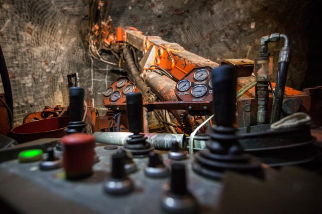 Tout indique que les dépenses en exploration minière... (PHOTO OLIVIER PONTBRIAND, ARCHIVES LA PRESSE)
