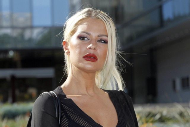 Chloe Goins dit souffrir de «détresse émotionnelle, traumatisme psychologique... (PHOTO AP)