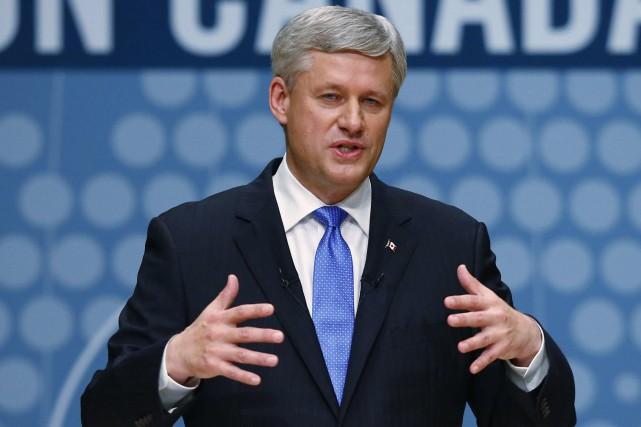 Un gouvernement conservateur envisagerait l'interdiction pour les fonctionnaires... (Archives, La Presse Canadienne)