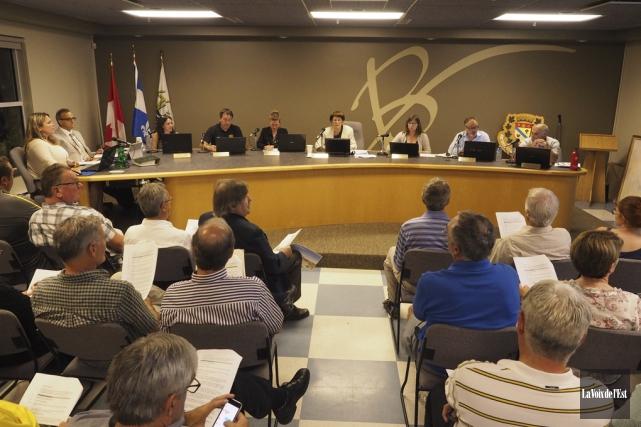 Le conseil municipal de Bromont s'est prononcé à... (photo archives La Voix de l'Est)