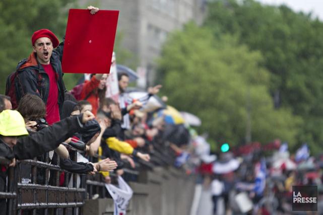La direction de l'ASSÉ propose à ses membres une grève générale illimitée... (PHOTO ALAIN ROBERGE, ARCHIVES LA PRESSE)