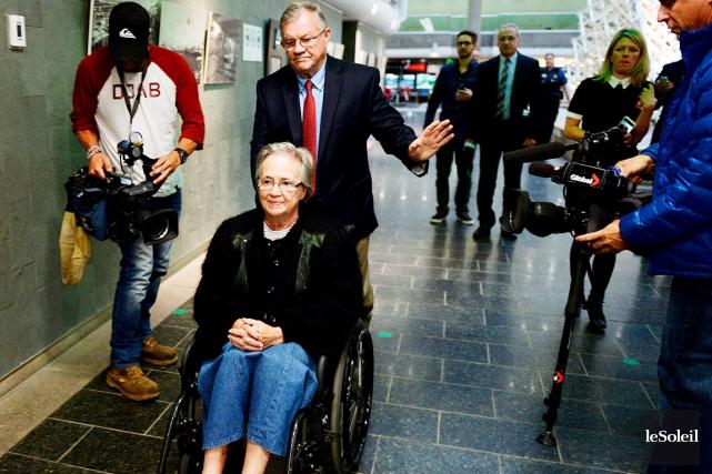 L'ancienne lieutenante-gouverneure Lise Thibault était satisfaite de pouvoir... (Le Soleil, Erick Labbé)