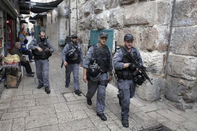 Les tensions se sont intensifiées ces derniers jours,... (PHOTO AHMAD GHARABLI, AFP)
