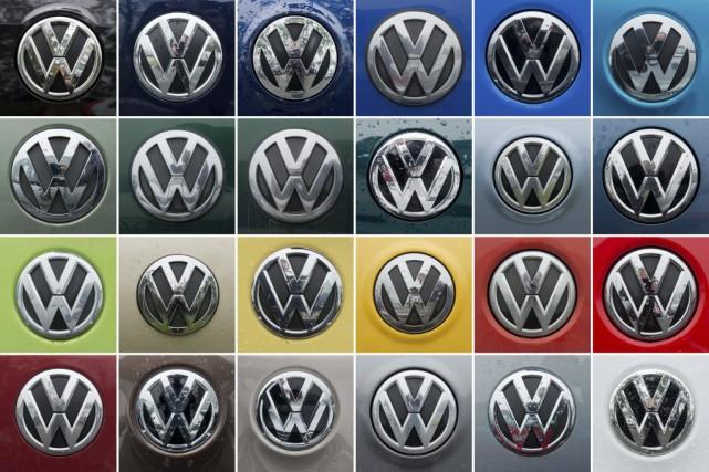 L'action de Volkswagen a pris un peu plus... (PHOTO JULIAN STRATENSCHULTE, AGENCE FRANCE-PRESSE)