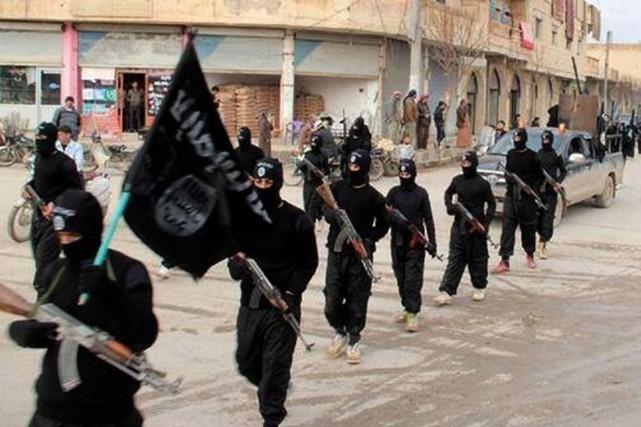 Les tribus sunnites en Irak étaient profondément divisées... (PHOTO ARCHIVES AP)