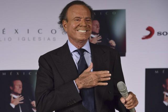 Le chanteur espagnol Julio Iglesias annonce mercredi dans un quotidien espagnol... (PHOTO AFP)