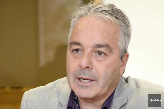 Le président de la Chambre de commerce du... ((Photo Le Quotidien, Jeannot Lévesque))