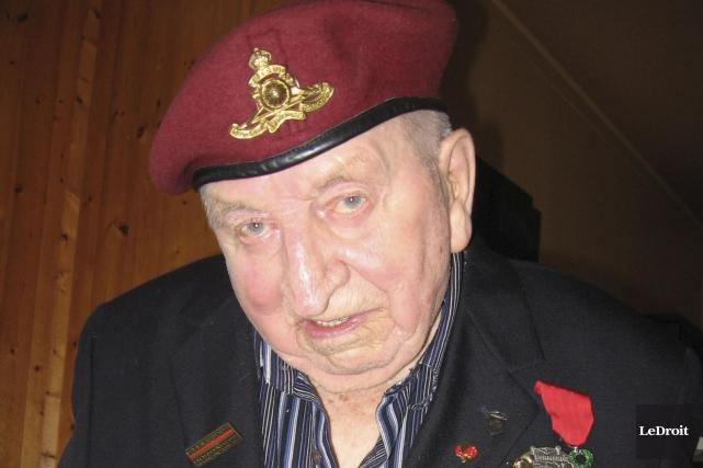 Pierre Dubuc, qui vient de fêter ses 91... (Denis Gratton, LeDroit)