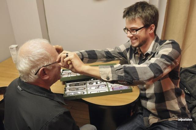 Simon Dufour, alias le Marchand de lunettes, sera... ((Photo Le Quotidien-Rocket Lavoie))