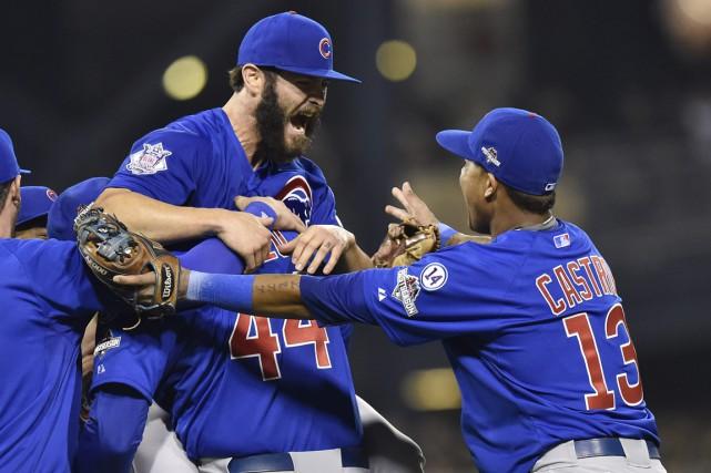 Ces Cubs de Chicago sont supposés être trop jeunes pour être là où ils sont... (Photo AP)
