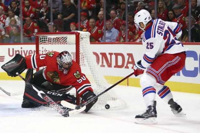 Oscar Lindberg, Kevin Klein et Derek Stepan ont touché la cible en première... (Photo USA Today Sports)