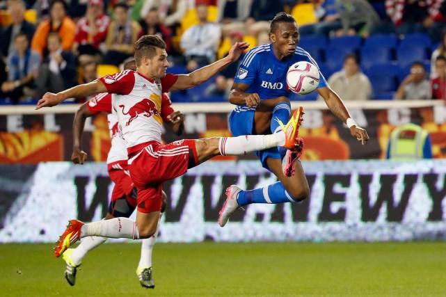 Didier Drogba a marqué, mercredi, son huitième but... (AP, Julio Cortez)