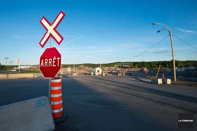 Si les quelques jours d'analyse consentis au gouvernement du Québec et au... (Archives La Tribune, Jessica Garneau)